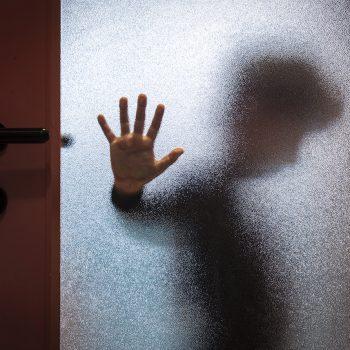 Kindermishandeling en verwaarlozing: zo overwin je de pijn
